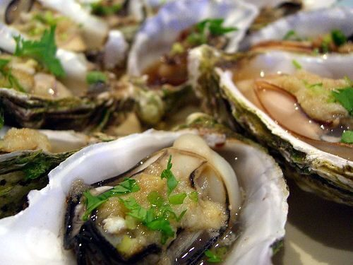 steamed-oysters-6815972