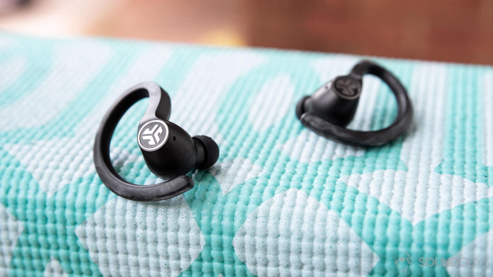 best-bluetooth-running-headphones-2